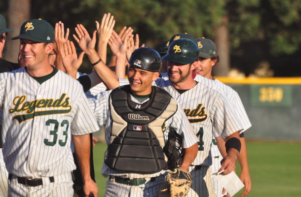 Legends Collegiate Team Return to the field in 2022 players shaking hands
